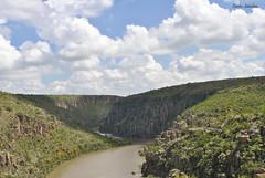 En la boca del tunel (spawn5555) Tags: paisaje panorama naturaleza nikon natural nature nubes cielo sky ro river aguascalientes me mxico d3000 photography fotografia