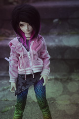 For Halloween I dress myself colourful (la manie) Tags: bjd doll msd mnf minifee shushu emo rainbow scene punk stars pink