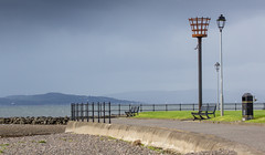 284 - beacon (md93) Tags: 366 clyde largs cumbrae bute rain storm approaching dark sun shadow green sea beacon promenade