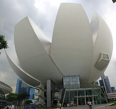 Singapore Science & Art Museum (jpotto) Tags: singapore buildings scienceandartmuseum lotusflower architecture design c20th lotus