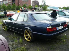 BMW 7er E32 (911gt2rs) Tags: treffen meeting show event tuning tief stance bimmer 730i 735i 750i blau blue youngtimer
