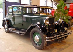 UNIC L11T - 1931 (xavnco2) Tags: cambrai nord france salon exposition voitures anciennes classic car show acba french unic l11t verte green