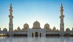 Sheikh Zayed Grand Mosque before sunset (JohnNguyen0297) Tags: sheikhzayedgrandmosque mosque sunset architecture amazing a6000 johnnguyen johnnguyen0297 icle6000 1018mm abudhabi uae religious