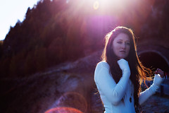 where the light is (VeeePhotoJourney) Tags: sunshine sun light backlight red hair ginger long white autumn colors woman girl ragazza model shooting fall sdtirol alto adige fancy bit cold bokeh pink violet portrait
