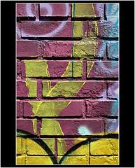 CASI ABSTRACTO DE MURAL 5 (cuma 2013) Tags: murales canon30d 30d