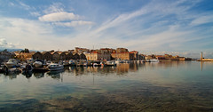 Chania_30_07122016-1052 (john houv) Tags: chania crete mediterranean oldharbour oldharbor lighthouse reflection