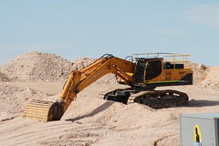Hyundai 520LC-9 (Runabout63) Tags: hyundai excavator earthmoving machinery