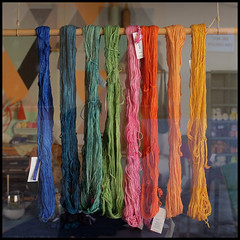 colours (foto.phrend) Tags: colour square fujifilm wool shopping shopwindow palma mallorca