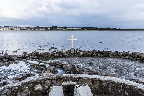 "A HOLY WELL IN A TIDAL ZONE ""ST. AUGUSTINE'S HOLLY WELL [LOUGH ATALIA ROAD IN GALWAY]REF-107243"
