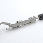 骨鉗子(こつかんし)の写真