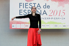 Fiesta de Espaa 2015 /  (Instituto Cervantes de Tokio) Tags: people espaa festival stand fiesta escenario danza feria yoyogi baile espaol institutocervantes bailar        estand