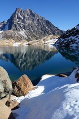 Mt Stuart (Sean Munson) Tags: lake snow mountains reflection water washington hiking stuart nationalforest alpinelakeswilderness ingallslake mtstuart mountstuart alpinelakeswildernessarea ingallswaytrail ingallsway lakeingalls okanoganwenatcheenationalforest trail1360 ingallswaytrail1360