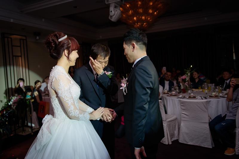 國賓婚攝,台北國賓,國賓飯店婚宴,新秘Miko ,婚攝小勇,台北婚攝, 愛瑞思新娘秘書造型團隊,西敏英國手工婚紗,小寶工作室-032