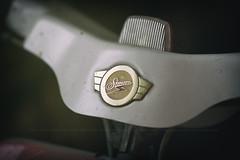 Simson Schwalbe (kly420) Tags: img23012 simson schwalbe kr51 baujahr1967 logo lenker parklicht standlicht canonef135mmf2lusm