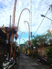 Ubud Walkway (lrudzis) Tags: bali indonesia ubud kuta southeastasia travel explore international escape destination mystery island