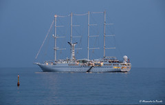 Wind Star @ Taormina Bay (Sicily) (Alessandro Lo Piccolo Hollweger) Tags: taormina windstar vessel giardininaxos sicily seascape nightscape