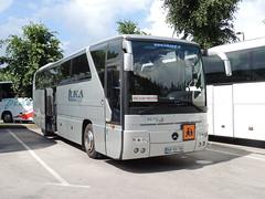 DSCN1860 Luka Pgt avtobusni prevozi d.o.o., Krie KR KV-744 (Skillsbus) Tags: buses coaches slovenia luka mercedes tourismo