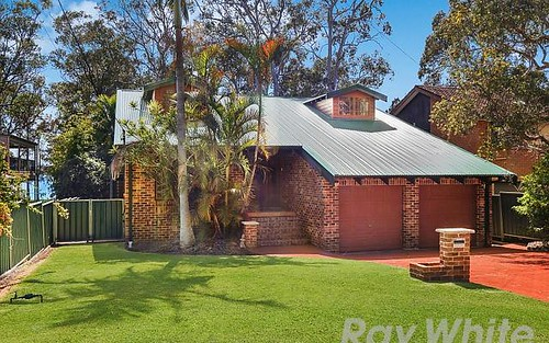 13 Lakeshore Avenue, Chain Valley Bay NSW 2259