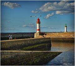 Ile de Groix - Juillet 2015 (Philippe Hernot) Tags: iledegroix morbihan 56 porttudy bretagne france philippehernot kodachrome harbor port sea lighthouse nikond700 nikon posttraitement