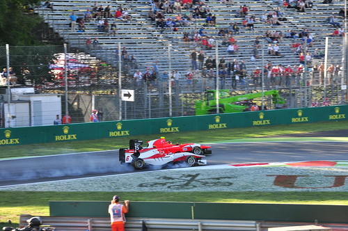 italy break burning tyre motorsport autodromo monza gp2 d90 sooc 1strace afsdxvrnikkor55300mm4556g