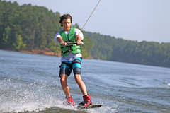 IMG_9308 (Febwerret) Tags: lake sports water youth canon young arkansas watersports ouachita activities wakesurfing