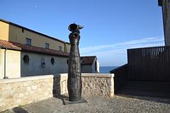 Antibes, Joan Miro, femme et oiseau, 1982, Bronze. Muse Picasso (Jeanne Menj) Tags: sculpture bronze 1982 antibes joanmiro musepicasso femmeetoiseau