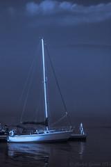 Cte Nord - Tadoussa-3 (MichelGurin) Tags: blackandwhite  mist canada nature water sailboat boats eau exterior noiretblanc cc qubec bateau extrieur qc brume tadoussac 2015 ctenord lightoom silverefexpro nikond7100 michelgurin activitdt bateauavolie
