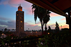 La Koutoubia / dusk (Images George Rex) Tags: architecture ma mosque morocco berber marrakech maghreb marrakesh koutoubiamosque imagesgeorgerex mosqueofthebooksellers photobygeorgerex