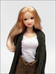 Madeline (yoshi_lapoo) Tags: momoko doll petworks pw ccs sekiguchi coolface 10ss home dazzlingwedding morninghaze spidereyes madeline