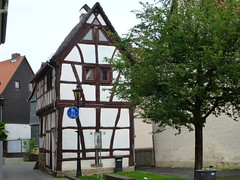 Small old house in the historic part of Oberursel (Jürgen Weighardt) Tags: oberursel 2012