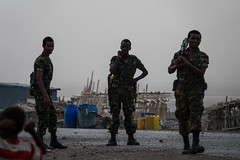 Soldiers, Danakil, Ethiopia (hugemittons) Tags: ethiopia africa hornofafrica african ethiopian danakil danakildepression afar afarzone2 soldier soldiers army defence military guard infantry security depression