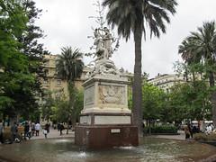 "Santiago: la Plaza de Armas <a style=""margin-left:10px; font-size:0.8em;"" href=""http://www.flickr.com/photos/127723101@N04/30288530025/"" target=""_blank"">@flickr</a>"