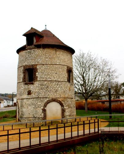 Oissel - La Maison Ronde