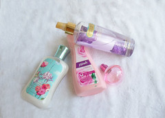 Mis productos de belleza (melyescamilla1) Tags: belleza beauty makeup woman productos fragance