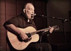 Jon Dee Graham (seanbirm) Tags: jondeegraham berwynil fitzgeraldsnightclub cookcounty illinois veltway acousticguitar sidebar