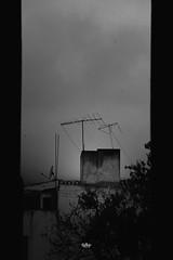 marcos (betho itinerante) Tags: bn blanconegro textura nubes nublado lineas contraluz contraste da rboles arcos urban calle lluvia viaje paseo portales jardin pueblo neblina urbana marcos monocromatico casa clavebaja