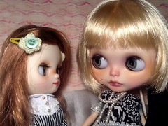 Toy-in-the-Frame Thursday; and Blythe-a-Day October#13: Lucky 13: Maisie & Suzanne
