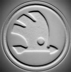 Arrow Macro Mondays (Harry McGregor) Tags: arrow macromondays coffeemug nikon d3300 harrymcgregor 2 december 2016 blackandwhite monochrome circle badge emblem skoda round indoor explore