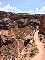Canyonland - Utah (xalub33) Tags: canyonland utah ngc road landscape paysage canyon blue orange america