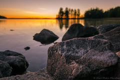 Rantakivi (Eero Mäki-Mantila) Tags: sunset beach rock suomi finland kukkola auringonlasku pälkäne rantakivi