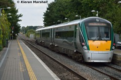 22061 departs Portlaoise, 9/9/15 (hurricanemk1c) Tags: irish train rail railway trains railways irishrail rok rotem portlaoise 2015 icr iarnród 22000 éireann iarnródéireann 22061 3pce 1620portlaoiseheuston