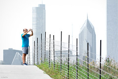 Photo Op (Andy Marfia) Tags: chicago skyline fence iso200 path candid f10 trail trumptower prudentialbuilding aoncenter northerlyisland 55200mm 1640sec d7100 smarphone