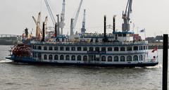 Old Star (Greyscale82) Tags: star louisiana ship hamburg hafen schiff elbe paddlewheeler paddlesteamer 2015 raddampfer louisianastar