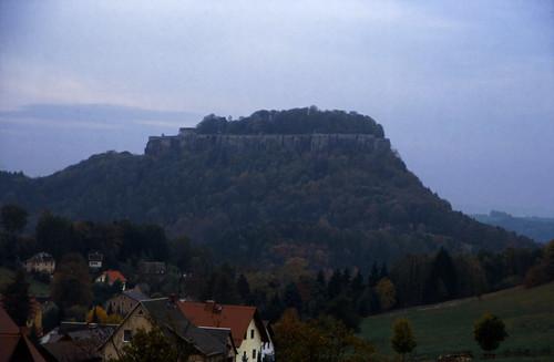 "Elbsandsteingebirge (156) Königstein • <a style=""font-size:0.8em;"" href=""http://www.flickr.com/photos/69570948@N04/21923380174/"" target=""_blank"">View on Flickr</a>"