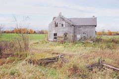 Sebright, Ontario (• CHRISTIAN •) Tags: house ontario canada countryside nikon decay wideangle abandon maison campagne sebright grandangle ruralexploration rurex