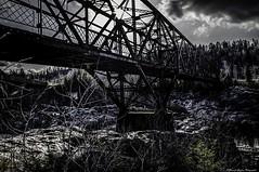 HDR le vieux pont de fer (yannick_gagnon) Tags: bridge dark pentax pont extérieur saguenay hdr jonquiere arvida ténébreux hdrquebec pentaxlife hdraward hdrquébec pentaxk50