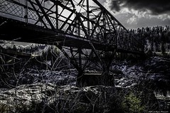HDR le vieux pont de fer (yannick_gagnon) Tags: bridge dark pentax pont extrieur saguenay hdr jonquiere arvida tnbreux hdrquebec pentaxlife hdraward hdrqubec pentaxk50
