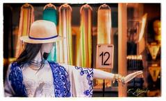 Tienda Ale-Hop en Tarragona (Por ESTEBAN ALEJANDRO) Tags: hat shopping sombrero sho maniqui