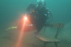Vor dem Safety-Stop noch eine kurze Pause (habi) Tags: diving hausriff renzo thunersee