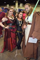 Catwoman and Qui-Gon Jinn cosplayers at Rhode Island Comic Con 2015 (FranMoff) Tags: catwoman rhodeislandcomiccon 2015 quigonjinn cosplay cosplayer costume